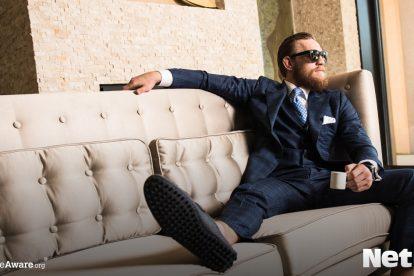 Conor McGregor relaxing netbet
