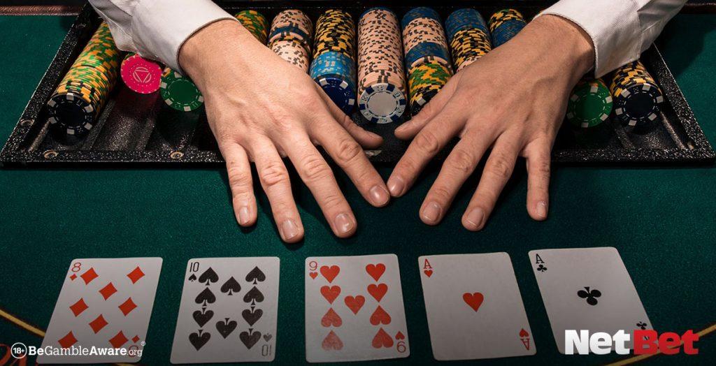 guide blackjack hand signals
