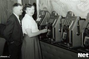 history of classic slot machines